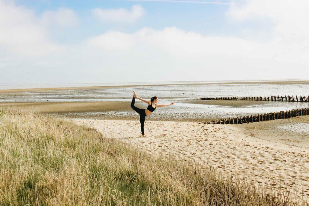 Bei einer Online Yoga-Ausbildung fehlt der Abenteuercharakter